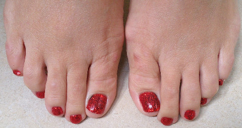 Red Sparkly Toes